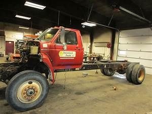 1994 Ford F700