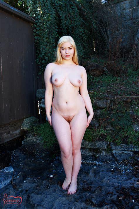 sierra model topless mega porn pics