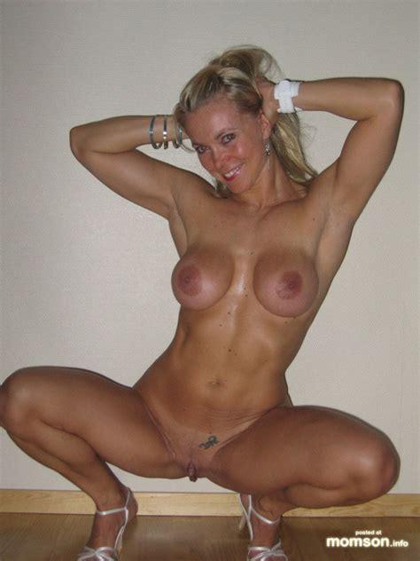 naked moms having sex image 60006