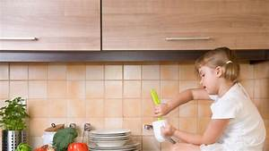 Kleine Wohnung Optimal Nutzen : kleine k che einrichten so nutzen sie den raum optimal ~ Lizthompson.info Haus und Dekorationen
