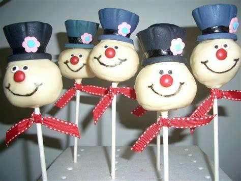 frosty  snowman cake pops cakecentralcom