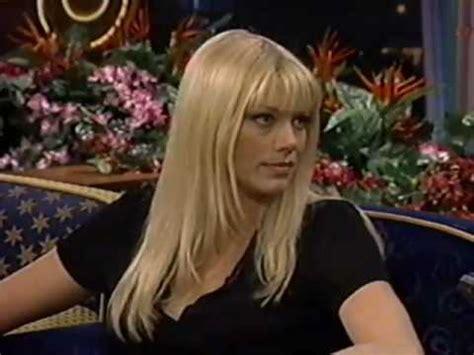 Peta Wilson on The Tonight Show (1997) - YouTube