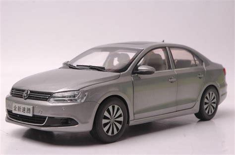 18 Diecast Model For Volkswagen Vw Sagitar Jetta 2012