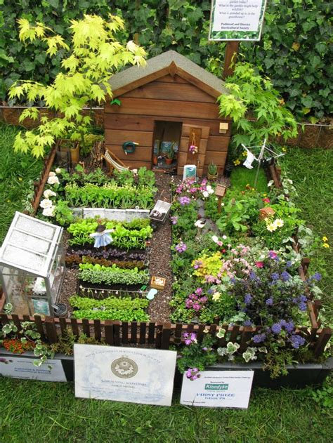 how to plant a small garden yourself 18 fairy garden ideas top do it yourself projects