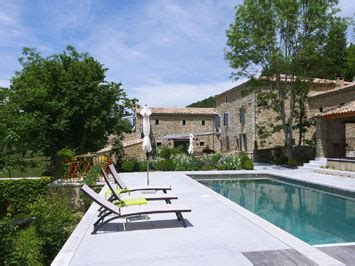 chambre d hote drome provencale avec piscine la ferme du rastel gite de groupe drôme 18 couchages