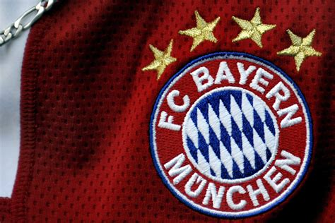 We would like to show you a description here but the site won't allow us. Why Bayern Munich have only four stars on their shirt ...