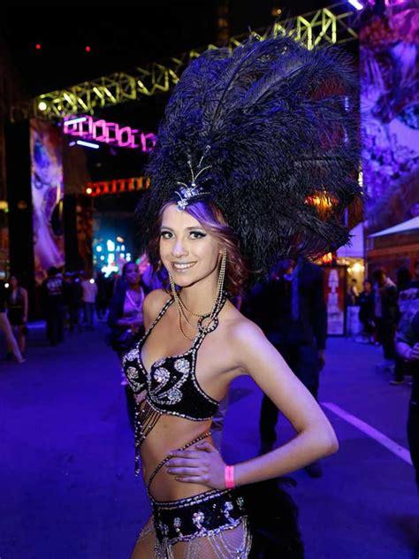 san diego mardi gras  gaslamp quarter parade