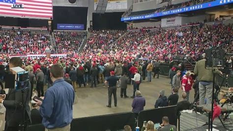 trump rallies toledo election campaign president donald stop rally night least