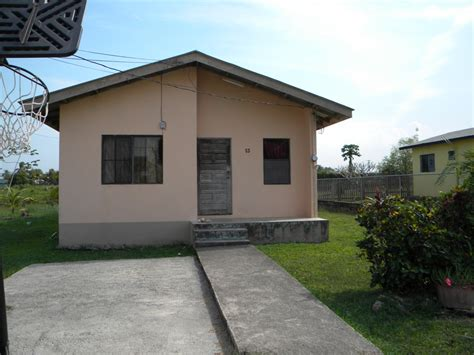 two bed room house 2 bedroom 1 bathroom house buy belize estate