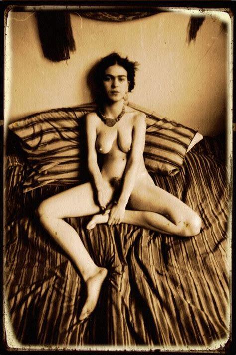 Frida Kahlo Sex Busty Naked Milf