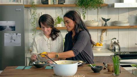 cuisine au micro ondes tout en un pâtes à la saucisse risotto d 39 orge aux