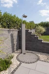 Sichtschutz Dusche Garten : im freien duschen ein wunderbares gef hl die mauer dient hier als sichtschutz und eingrenzung ~ Indierocktalk.com Haus und Dekorationen