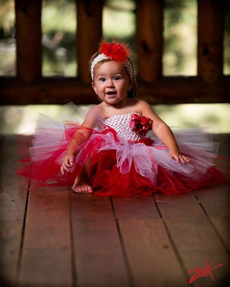 25 Best Christmas Costumes u0026 Outfit Ideas 2012 For Newborn Baby Girls u0026 Kids | Girlshue