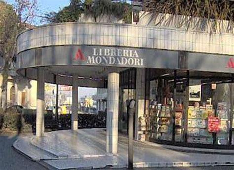 mondadori librerie roma ufficio turismo comune di cesenatico libreria