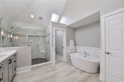 sarah rays master bathroom remodel pictures home