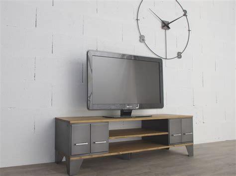 bureau style industriel en m騁al et bois petit meuble style industriel maison design bahbe com