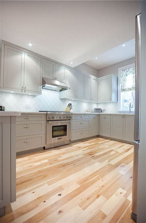 benjamin moore kitchen paint 25 best ideas about painted kitchen floors on pinterest