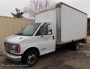 1999 Gmc Savana G3500 Box Truck