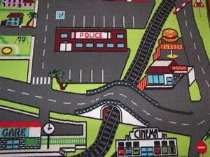 Tapis De Jeu Voiture : d tail tapis de jeu circuit de voiture dans la ville ~ Dailycaller-alerts.com Idées de Décoration