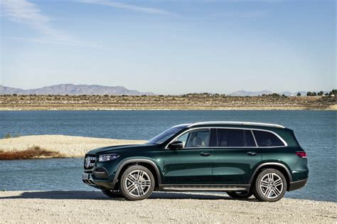Review Mercedes Gls Class by 2020 Mercedes Gls Aims To Be The S Class Of Suvs