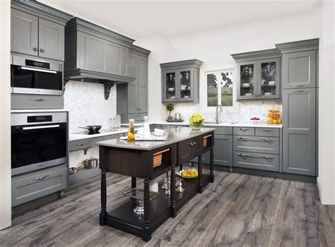 grey maple kitchen cabinets 17 best images about wellborn cabinet quot what s your style 4083
