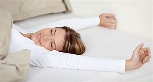 why you should be sleeping without a pillow and how to do it With benefits of sleeping without a pillow