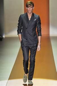 Gucci Spring 2011 Menswear Collection Photos - Vogue