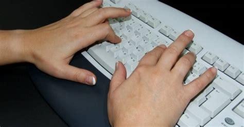 Finden sie es mit unserem kostenlosen tippgeschwindigkeitstest heraus. 10-Finger-System in 5 Stunden - pctipp.ch