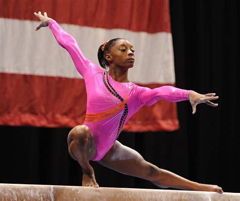Simone Biles Gymnastics Twist