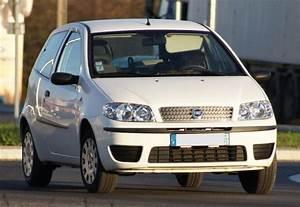 Fiat Punto Avis : tout sur la fiat punto 2 1999 2003 grce aux 170 avis ~ Medecine-chirurgie-esthetiques.com Avis de Voitures