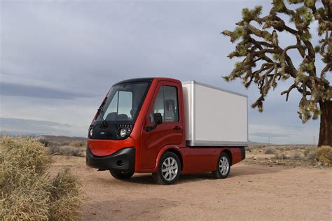 electric utility vehicles metro new electric utility vehicle truckerplanet