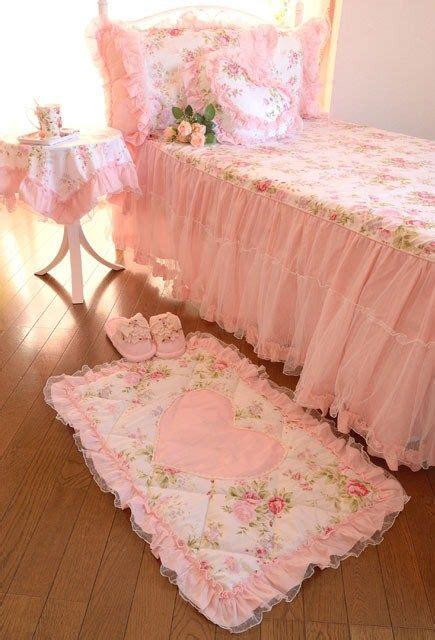 pink shabby chic bedroom 183 best victorian beds images on pinterest victorian 16754 | dc7478c16a5fea69f289424569710aa6 shabby chic bedrooms pink bedrooms