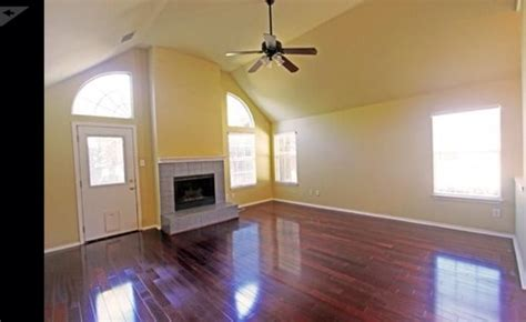paint color for cherry wood floors