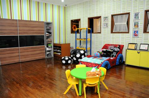 Children Playing In The House Area  Modern Diy Art Designs