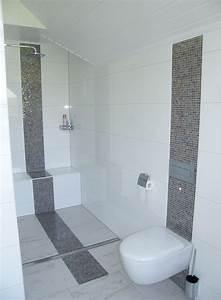 Badezimmer Fliesen Ideen Mosaik : ebenerdige dusche im familienbad badezimmer ebenerdige ~ Watch28wear.com Haus und Dekorationen
