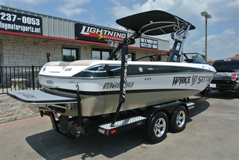 Malibu Wakesetter Boat by Malibu Wakesetter 23 Lsv 2011 For Sale For 63 995 Boats