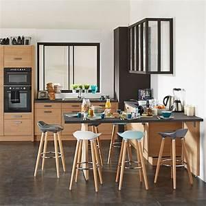 Comment choisir entre chaise et tabouret pratiquefr for Deco cuisine avec chaise de cuisine en bois