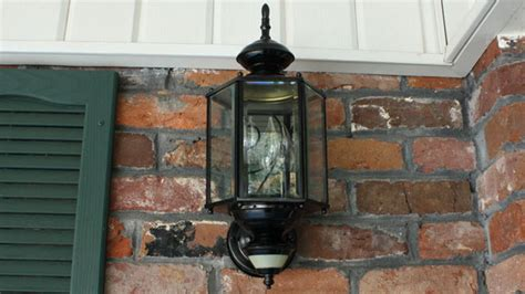 how to paint outdoor light fixtures today s homeowner