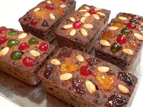 mini christmas fruit cakes fig jam  lime cordial