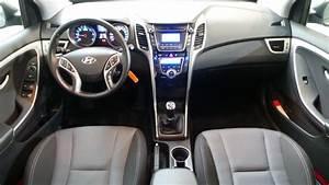 Hyundai I30 Pack Inventive : hyundai i30 1 6 crdi110 pack inventive limited blue drive 5p occasion lyon neuville sur sa ne ~ Medecine-chirurgie-esthetiques.com Avis de Voitures
