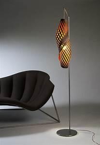 Unique floor lamps to decorate your interior rooms amaza for Silver floor lamp australia