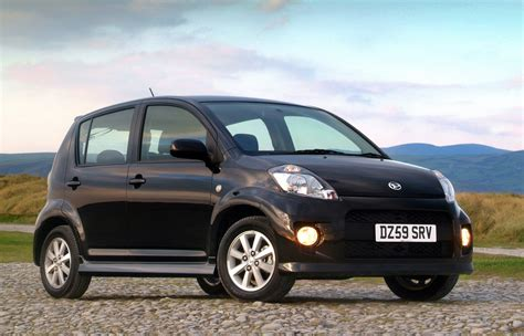 daihatsu sirion hatchback review 2005 2010 parkers