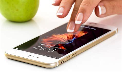pengetikan ponsel pintar bisa menjadi lebih mudah berkat solusi ai