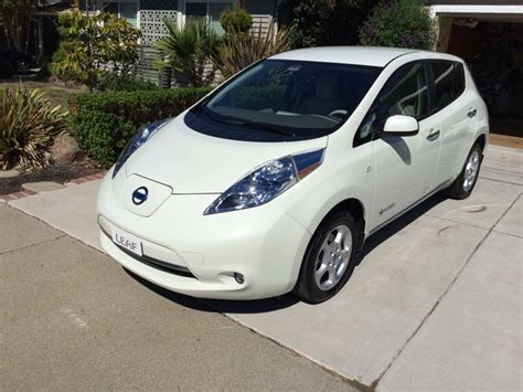 Nissan Electric Car by How To Negotiate For A New Nissan Leaf Battery Pack