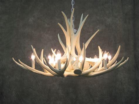 deer antler chandelier best 25 deer antler chandelier ideas on