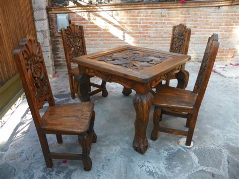 comedor vintage tallado en madera acabado antiguo  la