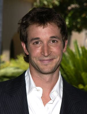 Catch a preview of 'Falling Skies' with Noah Wyle in Chicago - On Location Vacations