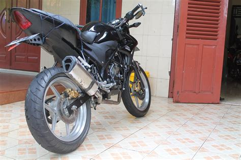 Cb 150 R Modif by Modifikasi Motor Honda New Cb150r Otomotif