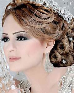 Coiffure Femme Pour Mariage : la femme alg rienne comment se coiffer le jour de son mariage ~ Dode.kayakingforconservation.com Idées de Décoration