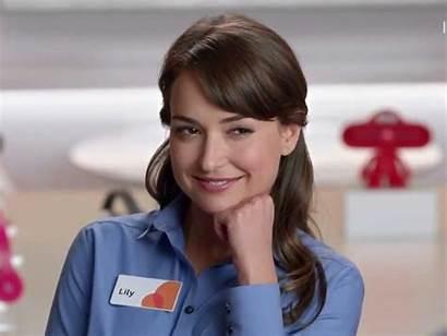 Commercials Att Spokesperson Actress Refugee Syrian Lily